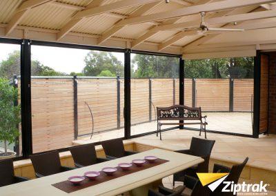 Ziptrak Outdoor Blind -1